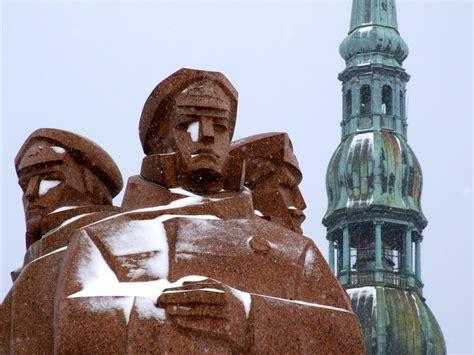 Piemineklis, Rīgā | North europe, Baltic states, Latvia