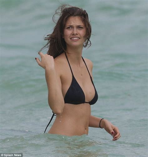Lucie Pustova Showcases Incredibly Toned Bikini Body In Miami Daily Mail Online
