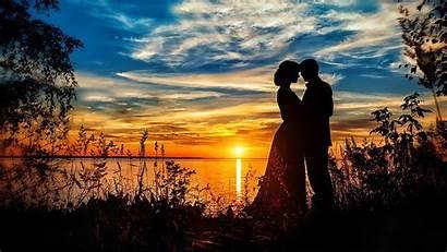 Romantic Couple Beach Sunset Desktop Mobile Loving