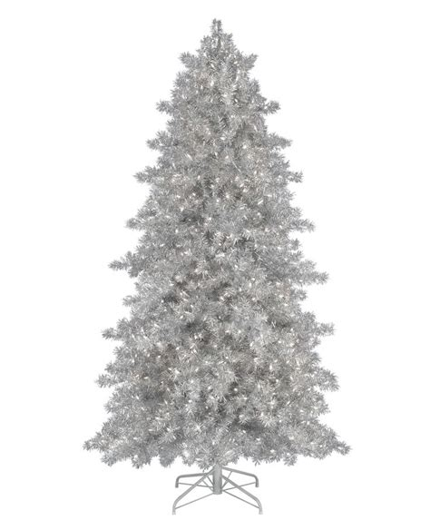 christmas tree with silver ornaments 17 best images about christmas in silver on pinterest natal le veon bell and christmas