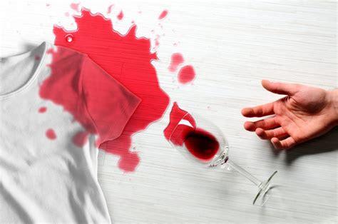 Beerenflecken Aus Kleidung Entfernen by Rotweinflecken Aus Kleidung Entfernen Hausmittel Die Dir