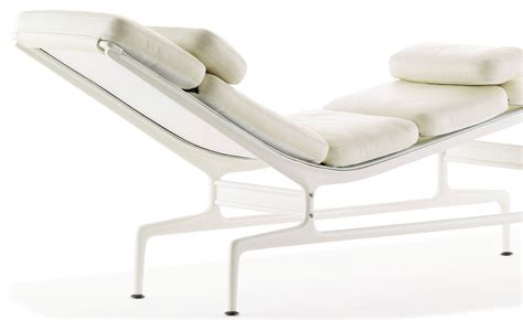 chaise eames transparente charles eames chaise chaise dsw transparente 18
