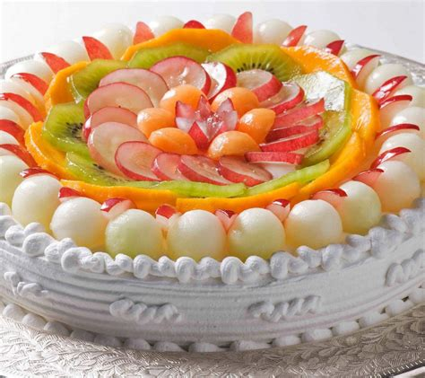 cakes decorated with fruit fresh cake fruit decoration picture trendy mods