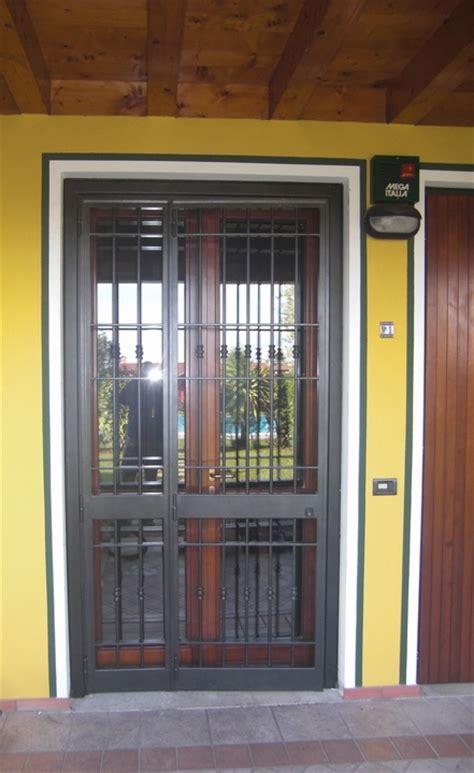 Inferriate Porte by Inferriate E Porte Finestra Inferriate Per Finestre In Ferro