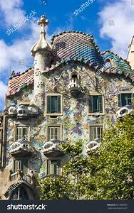Barcelona Spain July 26 Casa Batllo Stock Photo 351806963 ...