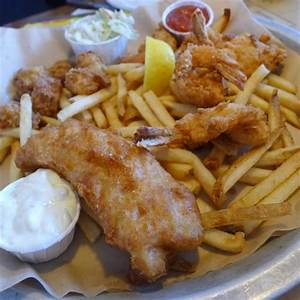Simple fish and chips - Picture of Joe's Crab Shack, San ...