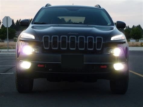 jeep headlights at night gt gt jeep cherokee lighting packages exclusive pricing