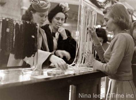 retro retail stores at macys in 1948 glamourdaze 1948