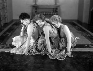 Sophie and Anna's Blog: Style Era (Part 1) :1920s / Flappers