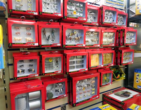 britains farm toys huge selection   pricesessex