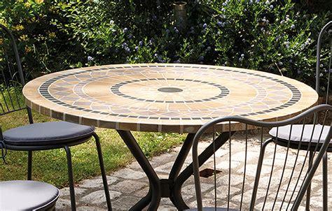 table chaises de jardin table de jardin mosaique ronde en 4 chaises