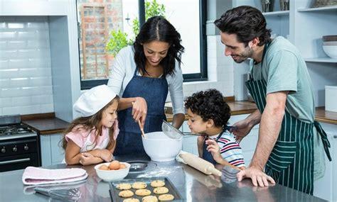 sécurité en cuisine la cuisine en toute sécurité idkids