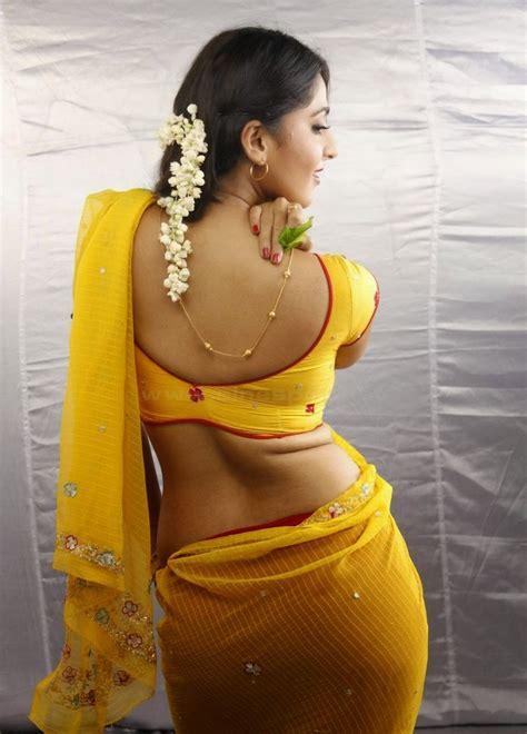 Anushka Shetty Sexy Saree Actress Hot And Sexy Bikini Pic