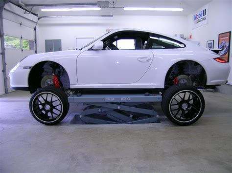 Scissor lift raising with 997   Rennlist   Porsche