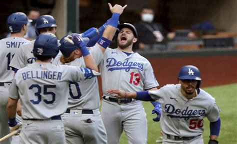 Historic First Inning In Game Three Of NLCS - NYCTastemakers