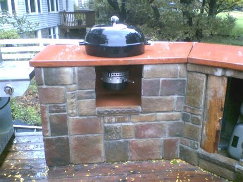 mounting  weber charcoal kettle   counter bbq source