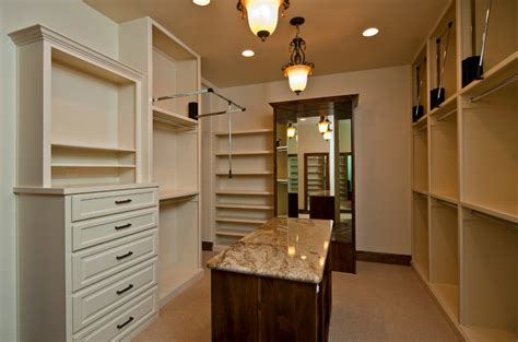 Lonestar Property Solutions  Closet Looks Reminiscent Of