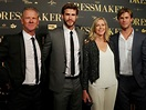 Chris Hemsworth posts flashback picture of his family for ...