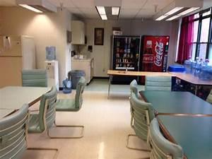 BEFORE AFTER Jen39s Teacher39s Lounge Retreat Thrift