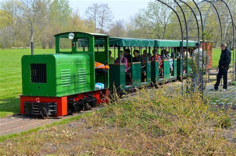 Britzer Garten Bahn mit tulipan f 228 hrt auch die britzer museumsbahn wieder