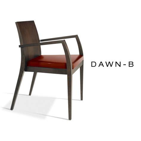 habillage chaise fauteuil en bois assise garnis de mousse habillage