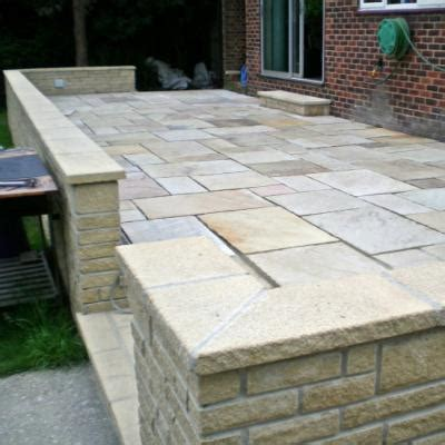bradstone walling textured coping emerys