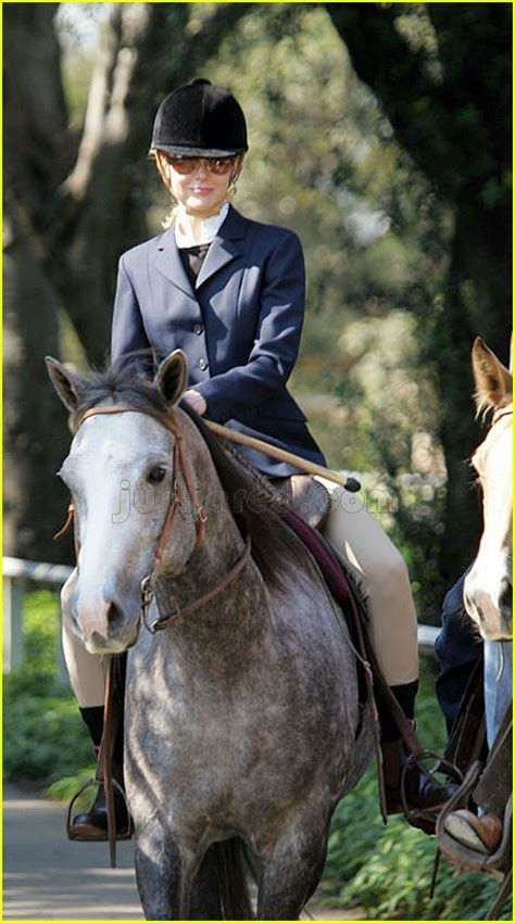 nicole kidman ride horsey ride photo  hugh