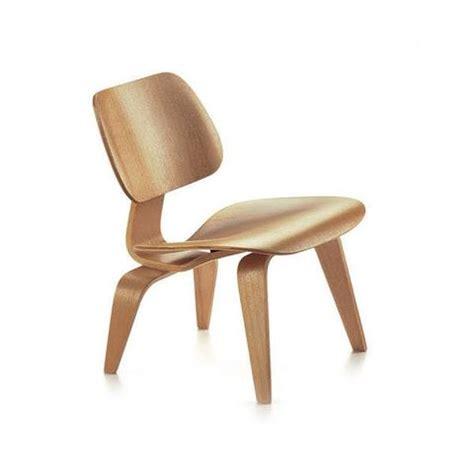 chaise charles et eames vitra miniatures collection vertigo home
