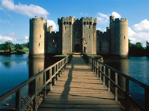 Bodiam Castle Wallpapers by High Quality Castle Wallpapers Free Daertube