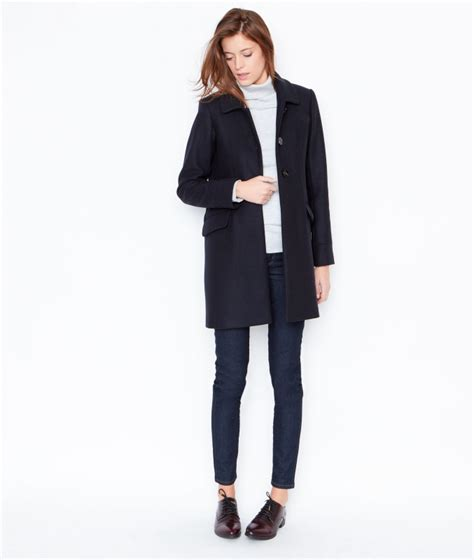 comment porter un manteau comment porter le manteau bleu marine tendances de mode