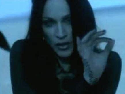 Illuminati Cantanti 191 El Famoso Cantante Eminem Es Illuminati O Anti Illuminati