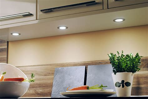 spot encastrable pour meuble de cuisine spots encastrables l 39 essentiel à savoir le
