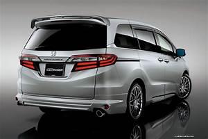 """ค่ายแต่งรถสุดดัง Megen เปิดตัว """"JDM 2014 Honda Odyssey"""