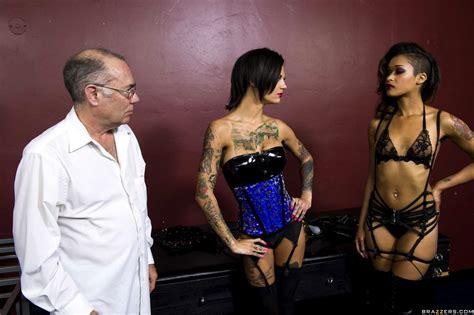Hot And Mean Skin Diamond Bonnie Rotten Asstits Lesbian 40somethingmagcom Sex Hd Pics