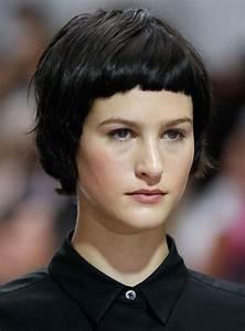Coupe Femme Carré : coiffure cheveux courts femme brune ~ Melissatoandfro.com Idées de Décoration