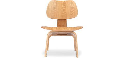 chaise de transfert fabulous chaise lowin bois with eames sedia