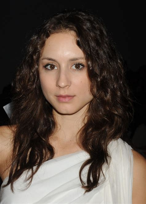 troian bellisario medium curls medium curls lookbook