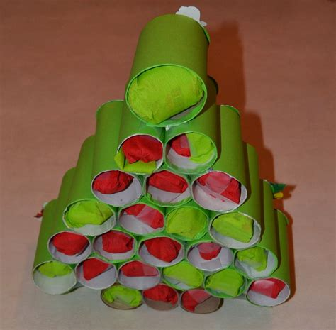 les mercredis de julie calendrier de l avent sapin avec rouleaux de papier toilette