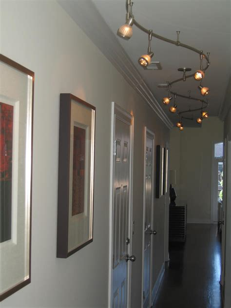 Beleuchtung Langer Flur by Lighting Guide Hallway Home Lighting Design Ideas
