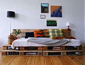 Sofa Aus Paletten Matratze : ein palettensofa selbstgebaut matratze in 200 x 80 cm dazu sehr gem tlich in 2019 sofa aus ~ A.2002-acura-tl-radio.info Haus und Dekorationen