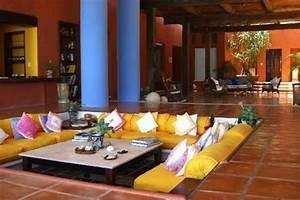 Salon Oriental Moderne : best salon oriental moderne contemporary amazing house design ~ Preciouscoupons.com Idées de Décoration