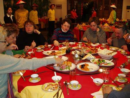 chinese dining etiquette chinese table manners chinese culture and etiquette tips