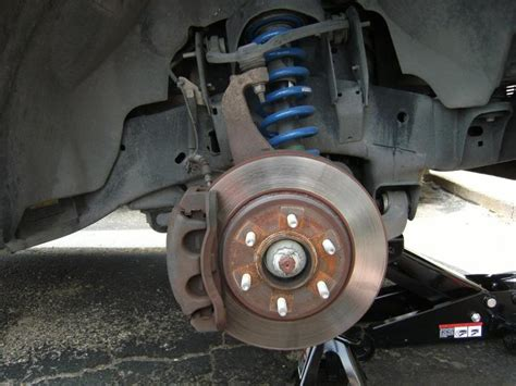 change  front brake pads    fonline