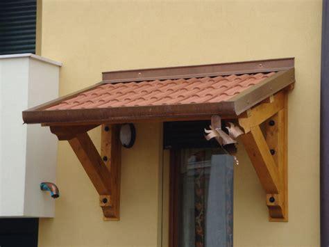 tettoie in legno e tegole pensiline in legno venezia lino quaresimin maerne di