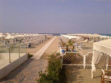 Bagno Costa Azzurra  Marina Di Pietrasanta  (2017) Ce Qu