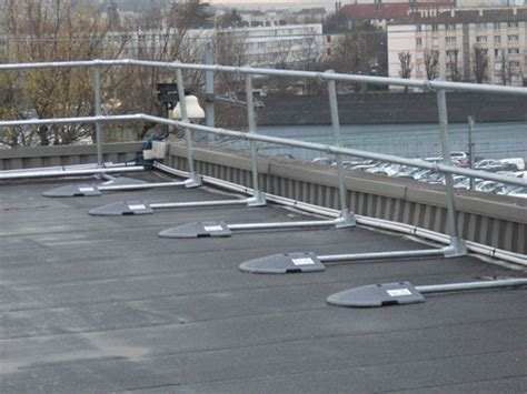 free standing roof edge protection modular freestanding roof edge protection roof edge fabrications