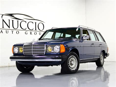 It is a 6 cylinder turbo charged diesel and it was only available in 1987. 1983 Mercedes Benz 300TD Turbo Diesel Station Wagon