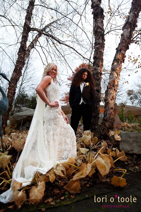 chondra claudios    time rock  roll wedding