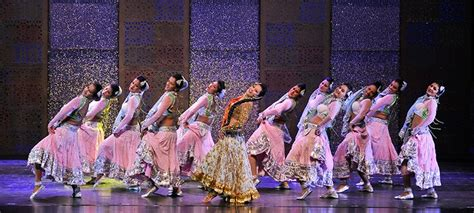 Bollywood's Dazzling Dance Forms | The Smith Center Las Vegas