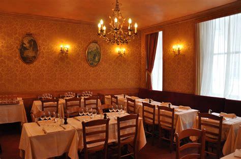 restaurant la chaise la chaise el restaurante más antiguo de parís